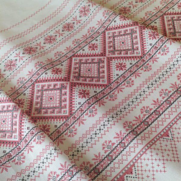 ткань вышивка красная