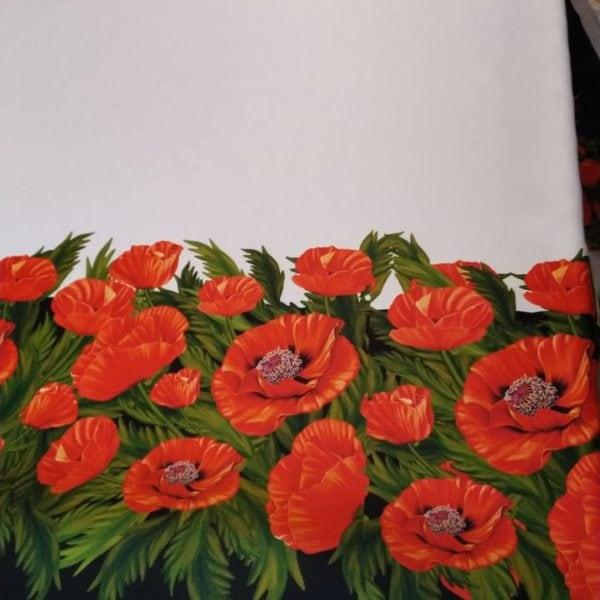 атласная ткань с маками