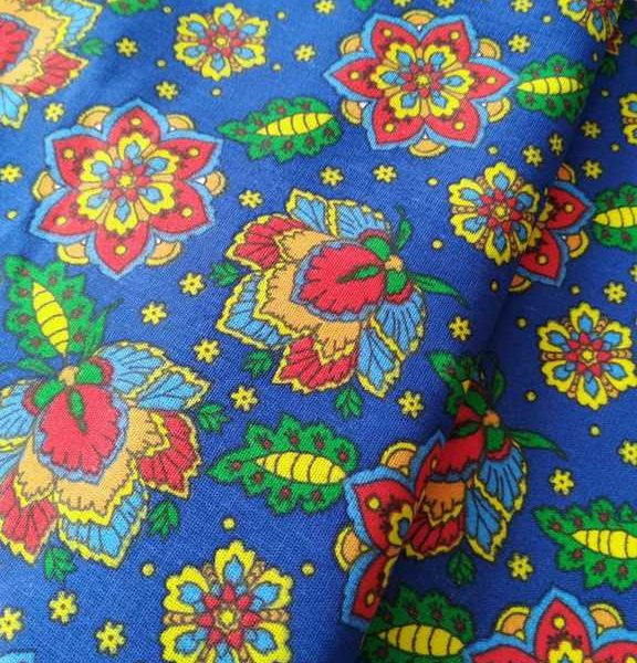 ткань с хохломскими цветами